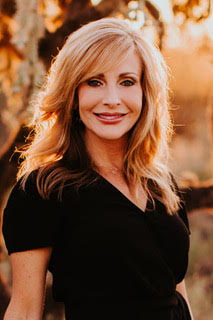 Spirits, Angels, and Life Guides with Michelle Clare